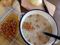 Karalábé-krémleves