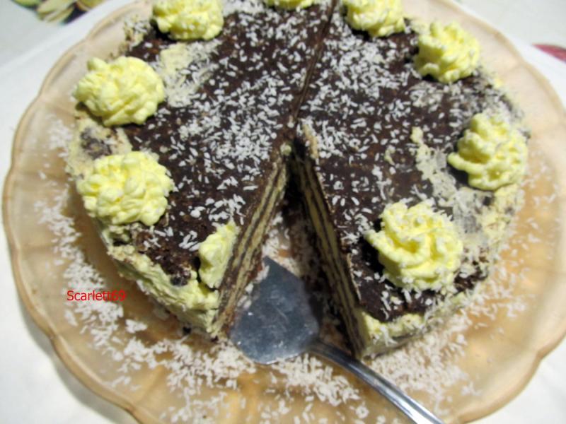 Keksztekercs torta