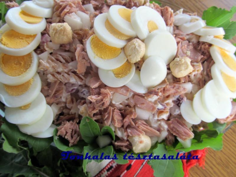 Tonhalas tésztasaláta